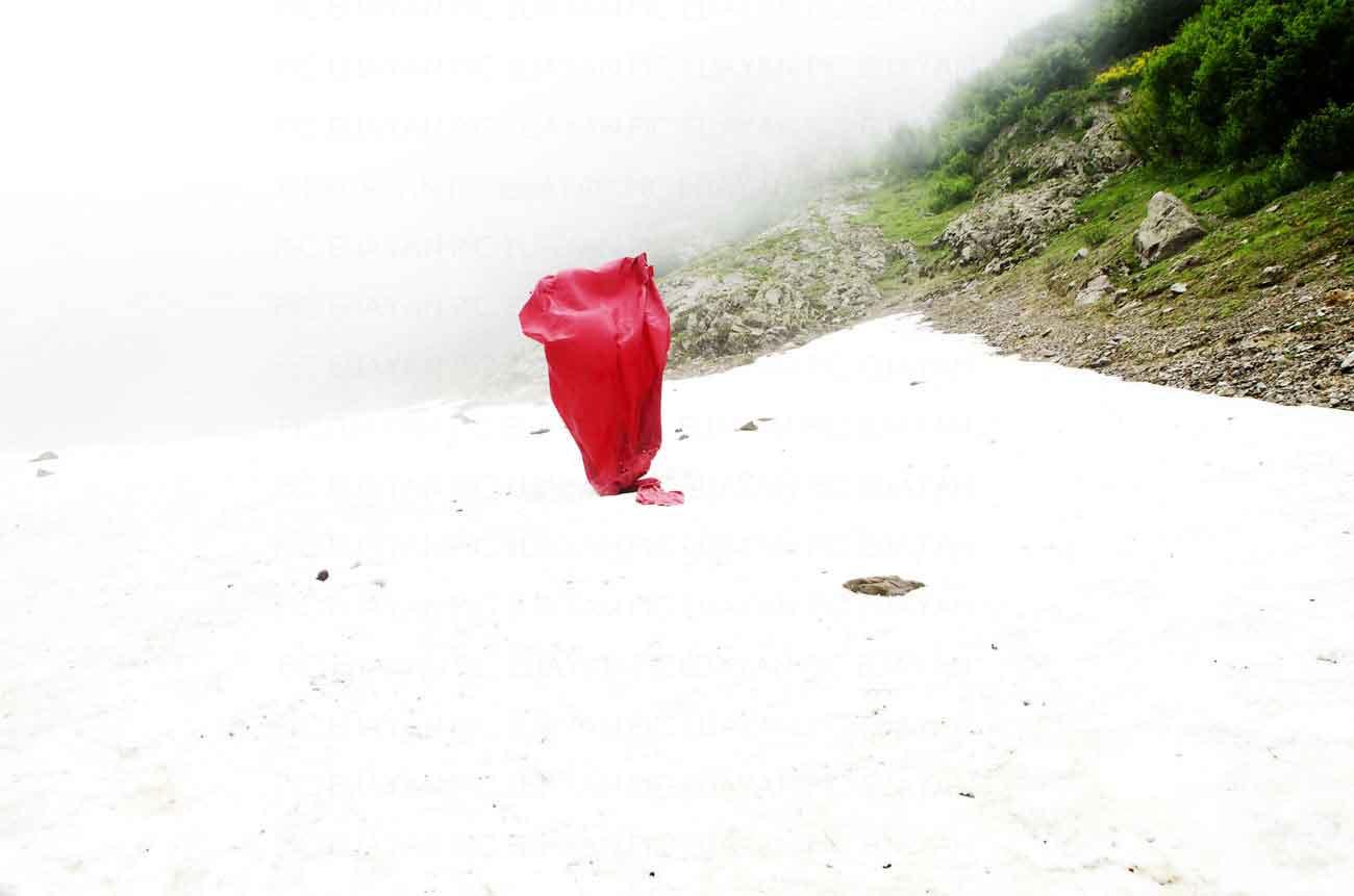 filigrane anne eliayan chsitian pic red neige